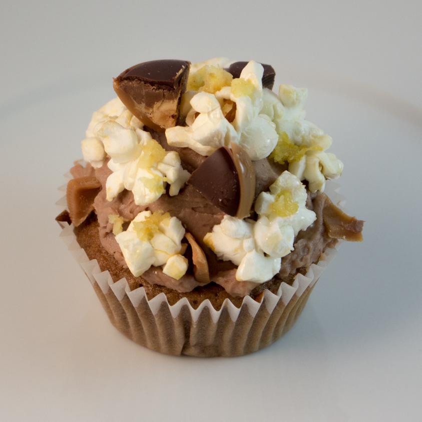 Popcorn Karamell Cupcake tinainthemiddle