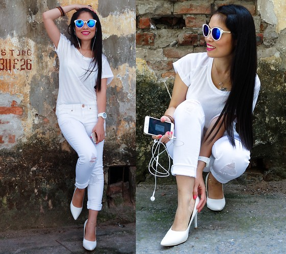 All-Over-White – Trendy Summer Style