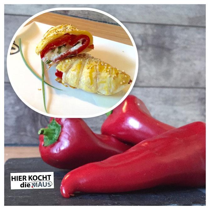 Gefüllte Spitzpaprika mit Feta im Blätterteigmantel von HierkochtdieMaus
