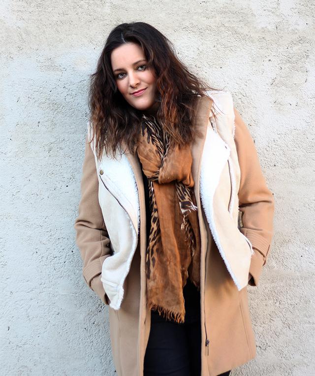 Mantel und Tuch