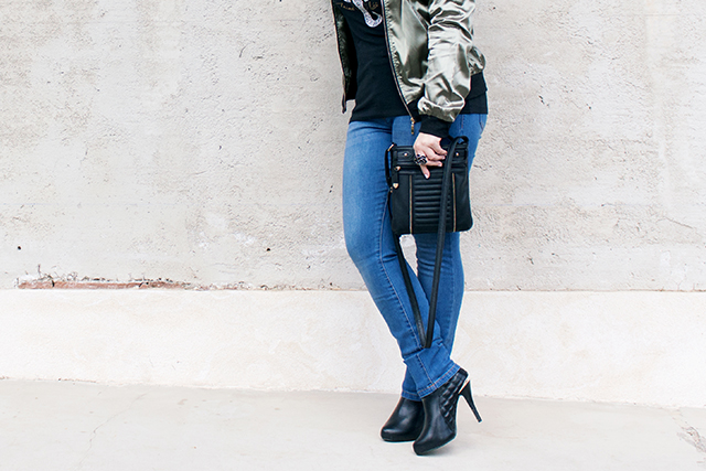 SlimFit Jeans, Heels and Bomber Jacket