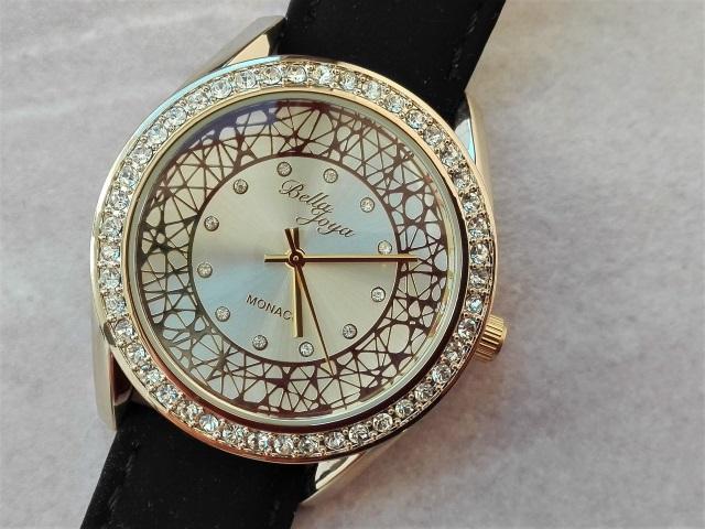 Shopvorstellung – WEITZMANN – glamouröse und sportliche Uhren