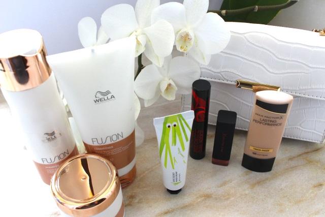 Goodie Bag Verlosung – Handcreme, Pflegeprodukte für das Haar und Make-up