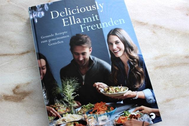 Buch Review – Deliciously Ella mit Freunden