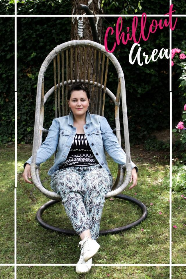 Meine Chillout Area im Garten und ein bequemes Pre-Summer Outfit